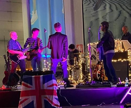 supernova torino oasis tribute band